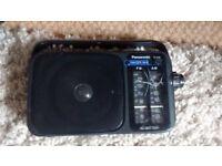 panasonic rf-2400 3 band radio,great working condition