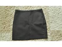 Black mini skirt H&M 10/12