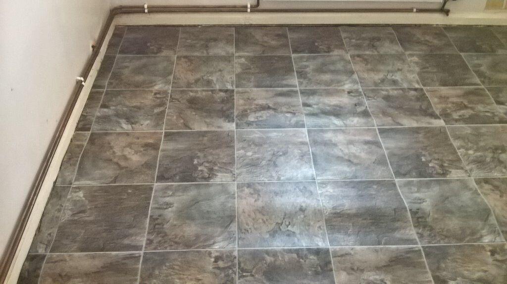 Tile Effect Vinyl Flooring Lino 10ft 9 X 8ft 4 329m 254m In