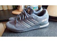 Adidas zx 750 men's size 8.5 worn twice