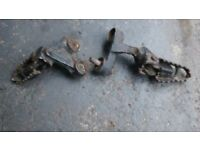 SUZUKI DR350 DR 350 FRONT FOOT RESTS PEGS HANGERS COMPLETE