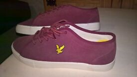 Lyle and Scott pumps