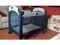 Travel cot and additional mattress