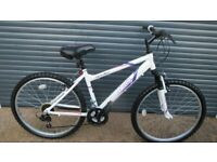 APOLLO JEWEL LIGHTWEIGHT ALUMINIUM BIKE IN IMACULATE LITTLE USED CONDITION. (TEENAGER / SMALL LADY)