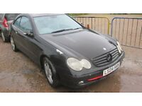 mercedes clk 270 cdi 2004 breaking for parts