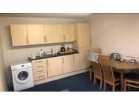 TO LET 1 bedroom flat