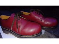 Dr Martin Steel toe cap shoe Cherry Red Size 4 Vintage good condition