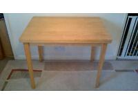EXTENDABLE TABLE (W90 X D62 X H72 OR W124 X D90 X H71CM) HAS WEAR & TEAR