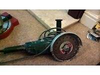 "9"" Angle Grinder & various discs"