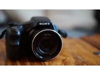 Sony Cyber-shot HX200V Super Advanced High Zoom Camera (18.2MP, 30x Optical Zoom) 3 inch LCD 149 ONO
