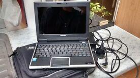 Toshiba NB100-11R netbook