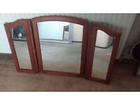 TRI-FOLD ANTIQUE PINE DRESSING TABLE MIRROR , MEASURES APPROX 63cm x 97cm