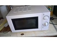 Microwave oven for sale,good working condition
