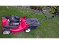 petrol lawnmower 3.75hp briggs and straton self propelled clarke