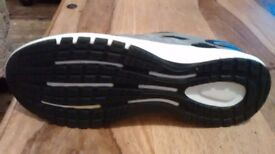 Men's Adidas adiprene running shoes new size 8