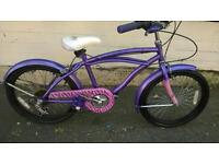 """Beautiful, Girls Purple 20"""" Wheel Bicycle with Mudguards***FREE DELIVERY HULL***"""