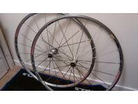 Mavic Aksium Race Wheels 700c