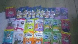 Mixed lot of Felix, Dreamies and Supermarket own cat treats