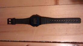 Retro Black Rubber / Plastic Casio Digital Wrist Watch Water Resistant Wristwatch