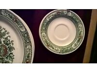Stunning Canterbury Ridgway green dinner set─made in the England 1970