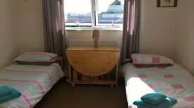 Large room available for Twin or single use from 9th Sept - long or short lets
