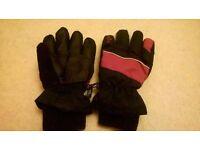 Childrens Alpine Ski Gloves Age 3-6 years