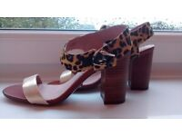 new real leather shoes sandals chunky heals animal print gold size 5 brand Ravel unusual £25 ono