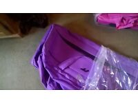 IT Luggage pull along holdall bags suitcase with wheels PURPLE bag