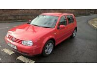 Volkswagen Golf 1.9 TDi 5 doors in red breaking for parts
