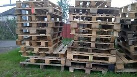 nice clean good condition pallets £2.50 each