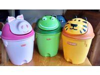 Children's bedroom bins