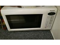 Panasonic Excellent condition microwave