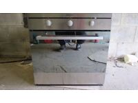 Indesit single cavity oven in new condition. Never been installed. For Specification see label image