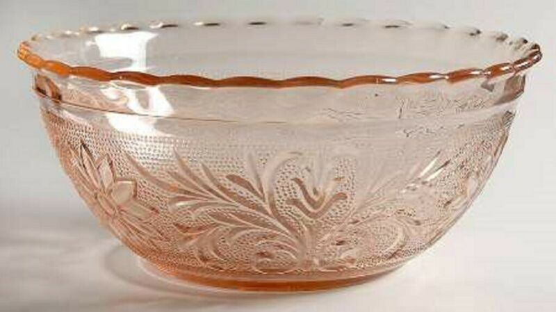 "SANDWICH RARE PINK 8 ¼"" SCALLOPED BOWL ANCHOR HOCKING 1939-1940 #2-R"