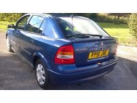 Vauxhall Astra 1.6 automatic mot till April loads of service history bargain £425