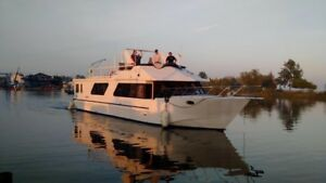 Great live aboard year round