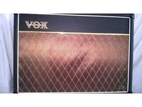 Vox AC 15 vr, Guitar Amplifier with foot pedal