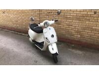 Vespa lx ie 125 injection model 2012