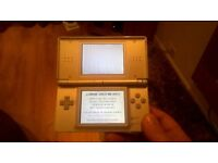 Silver Nintendo DS lite
