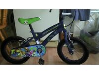 Nearly new Ben 10 Kids Bike with stabilizers only £24