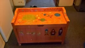 Toy box also have coffee table