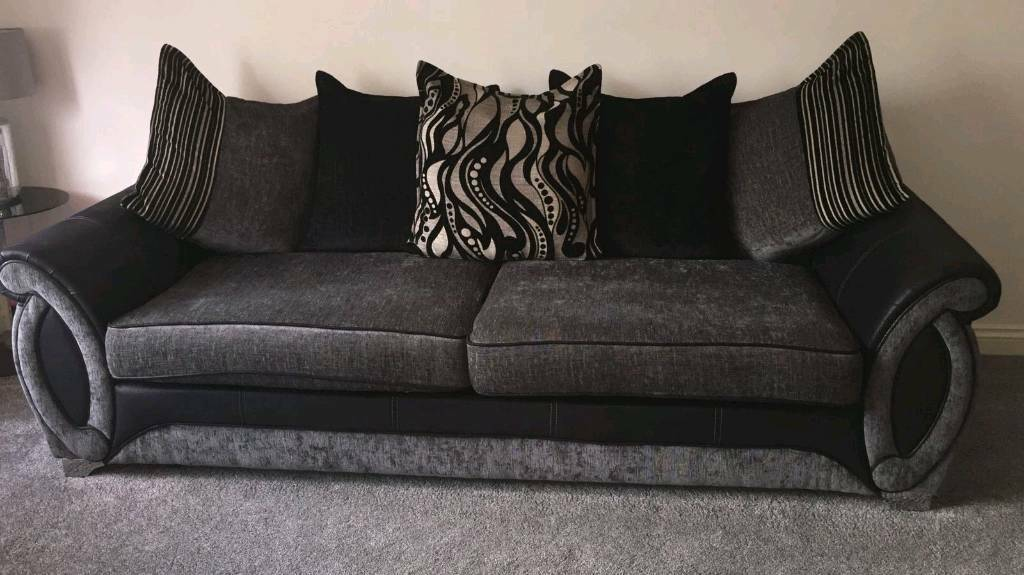 DFS Helix 4 seater   3 seater sofas for sell both in great condition. DFS Helix 4 seater   3 seater sofas for sell both in great