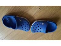 Boys genuine crocs size 6/7