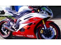 2006 Yamaha R6 White/Red, Carbon plus lots of extras