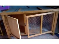 SMALL ANIMAL OUTDOOR CAGE FOR GUINEA PIG / RABBIT ETC (WAS OVER £70.00)