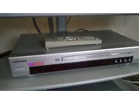 Samsung DVD/VCD/CD/MP3 player - PRICE NOW REDUCED