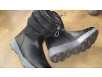 lands end black snow boots size 4 (unisex)