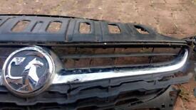 chrome front bumper grill. Vauxhall corsa E