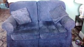 2 SEATER SOFA WITH INTERCHANGEABLE WASHABLE COVERS (BLUE & YELLOW SEE PICS)