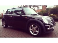 MINI COOPER 1.6 BLACK. 03 Plate. AUTOMATIC. 80K.Needs gearbox replacement